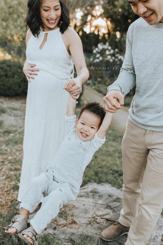 Unique Maternity Photos