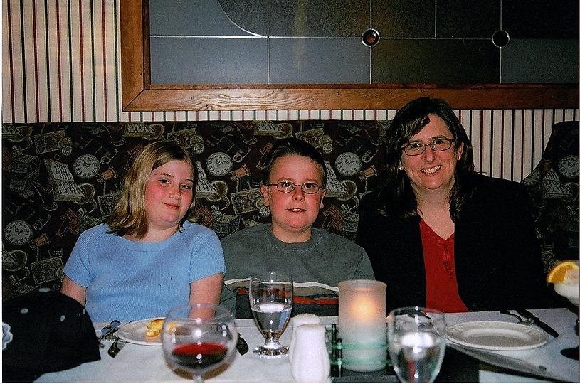 2005-03-25 Good Friday dinner celebratin