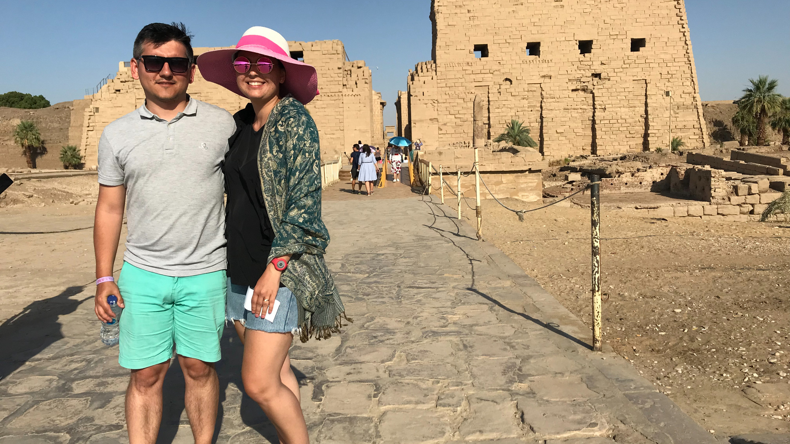 La Templul Karnak