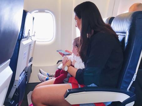 Primul zbor cu copii: la 4 luni, respectiv 3 ani