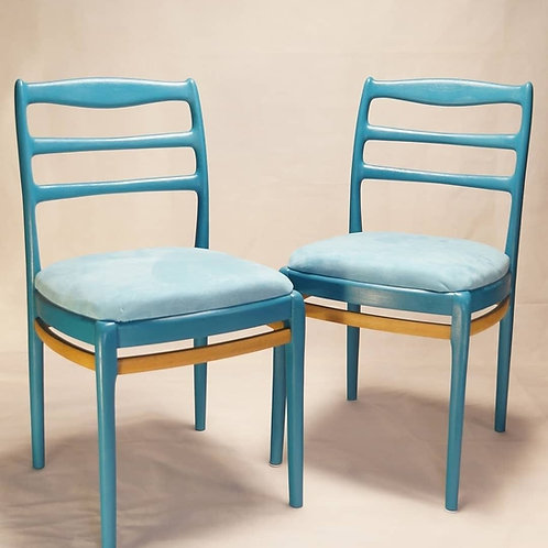 Chairs in Pacific Ocean color.