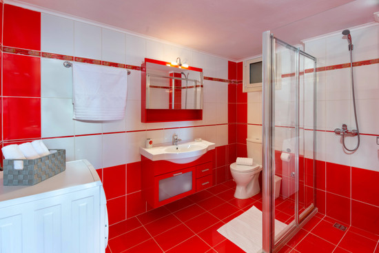 Bathrooms Villas 2 & 3