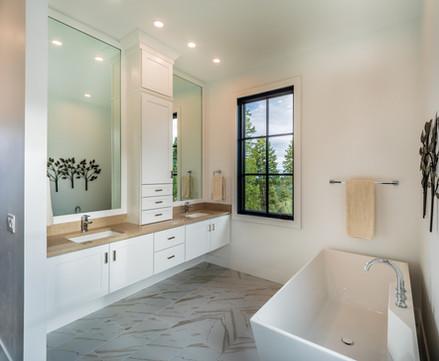 Panorama Master Bath