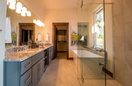 Swan Award-Winning Master Bath