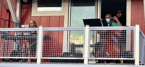 Balcony concert.jpg