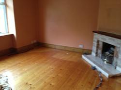 Formal sitting room (before)