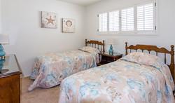 300H-bedroom-4