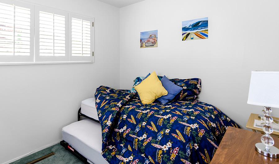 300-onyx-bed-2