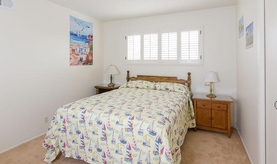 300H-bedroom-2