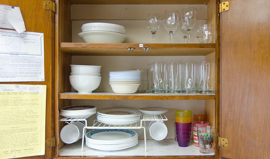 300-onyx-dishes