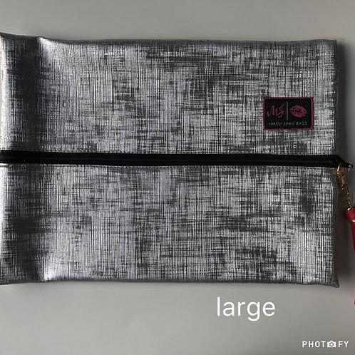 Makeup Junkie Bags in Silver Lining
