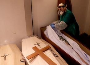 Primer Médico Forense contagiado por un cadáver de COVID-19