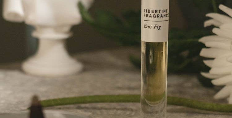eros fig perfume oil - fig leaf, dried fig, sandalwood