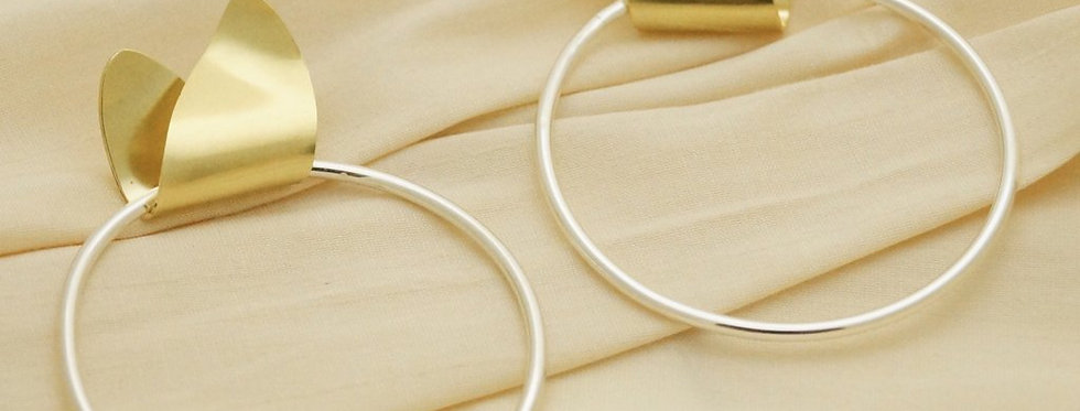Leaf Loop Earrings - Maxi