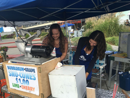 Olympia Kiwanians and Key Clubbers Volunteer at Harbor Days