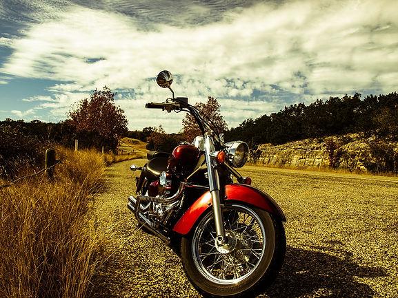 motorcycle-552787_1920.jpg