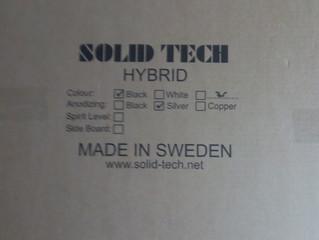 Solid Tech hifi møbler er med på Hotel Royal.