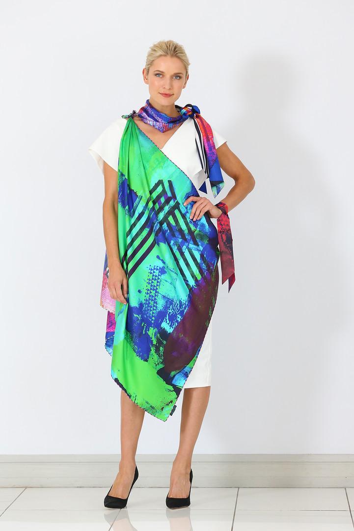 ClareOC_Fashionshow19_90x90_Look1_2.jpg