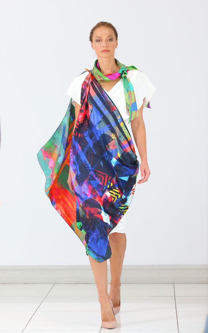 ClareOC_Fashionshow19_90x90_Look2_2.jpg