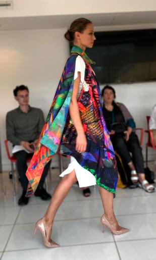 ClareOC_Fashionshow19_90x90_Look2_5.jpg