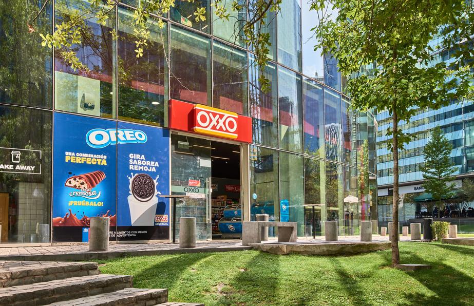 Tienda conveniencia / OXXO / Las Condes