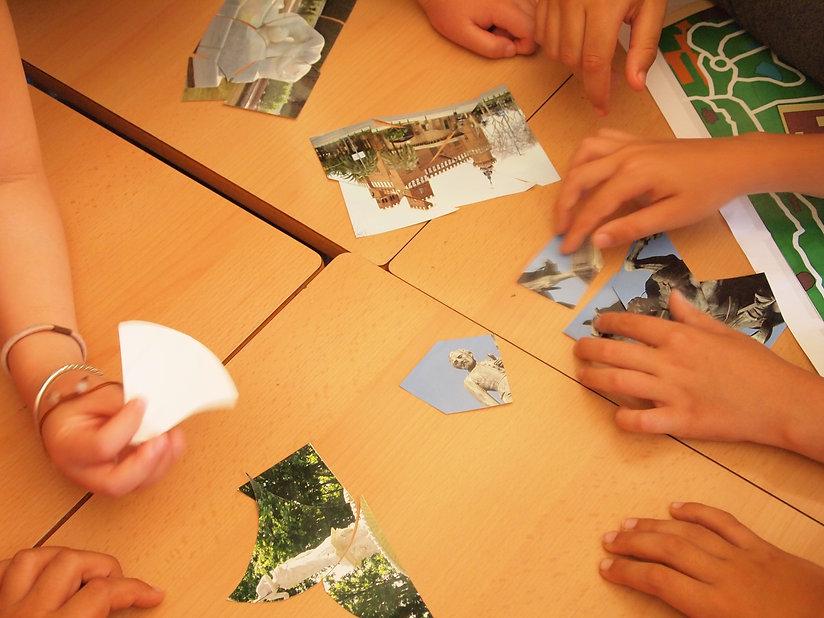 Alumnos jugando y aprendiendo en una escuela de Barcelona. taller dinamizado por I. Marzolla y diseñado.