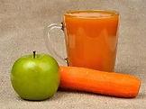 carrot and apple juice 2.jpg