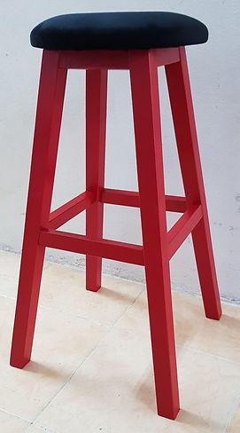 65 cm kırmızı ahşap tabure_edited.jpg