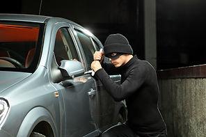 car_burglar.jpg