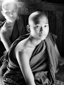 BUDDHIST NOVICE Lake Inle Burma