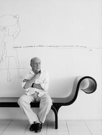Oscar Niemeyer architect   Rio de Janeiro