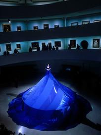 "MARINA ABRAMOVIC performance ""7 easy pieces"" Guggenheim Museum  New York"