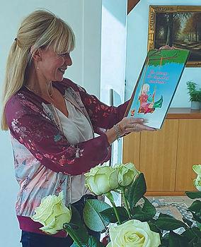 Overhandiging boek Tineke Toet Hoe vertel ik het