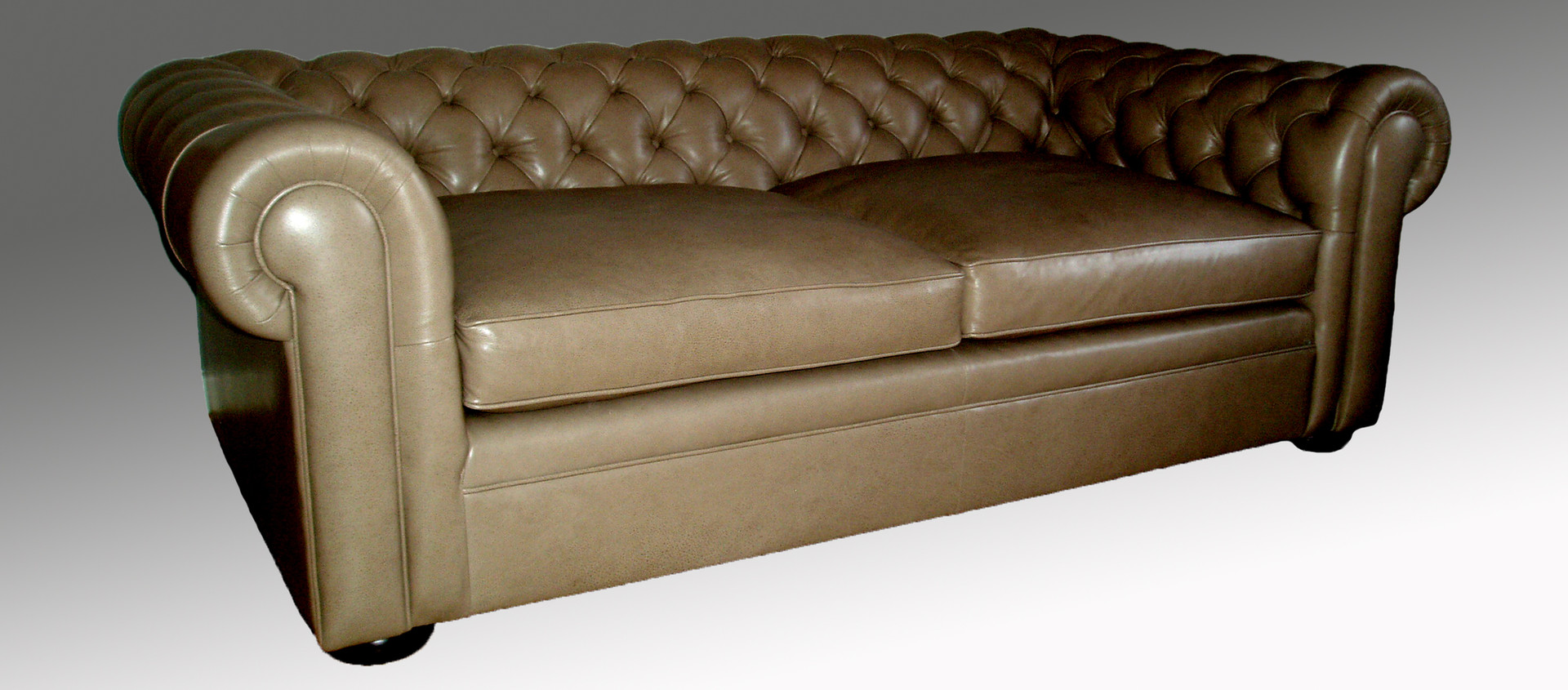 Chesterfield Loose Cushion Sofa