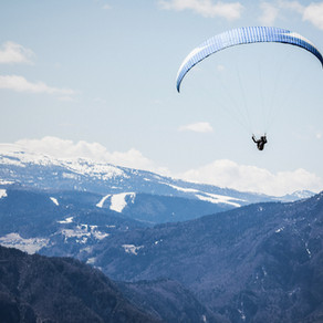 Top 5 Best Places to do Paragliding in India - How much does paragliding cost in India