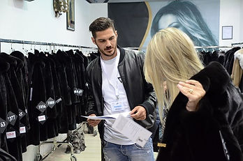 44th KASTORIA FUR FAIR (10).JPG