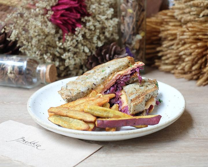 Ruben Sandwich.jpg