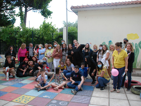 The project in the 4º School of Thessaloniki: adapted games, book and graduation.