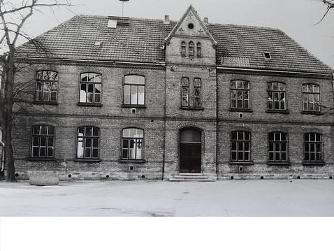 csm_Maedchenschule_89d3e938d1.jpg