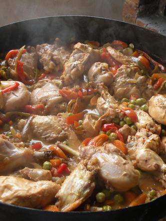 Pollo al disco, con reducción de cerveza y salteado de verduras