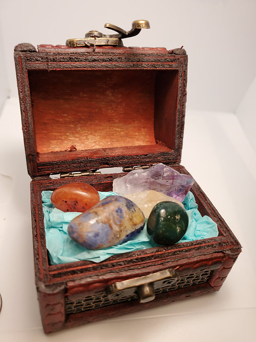 Healing Crystal Kit with Treasure Box