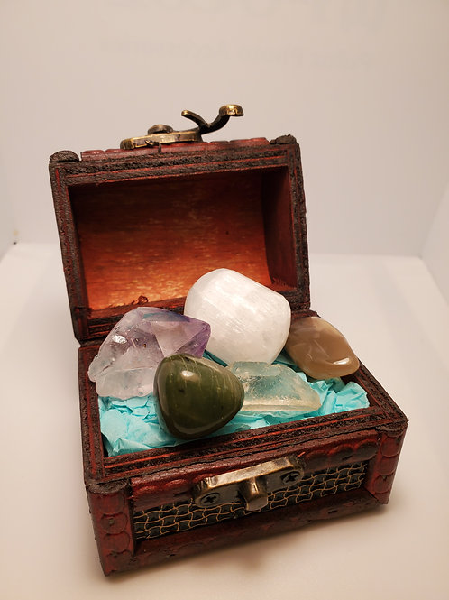 Sleep and Dream Crystal Set with Treasure Box