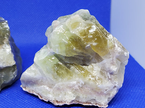Calcite, raw.