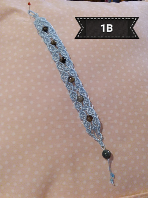 Macrame-Blue bracelet with real Agate stone beads