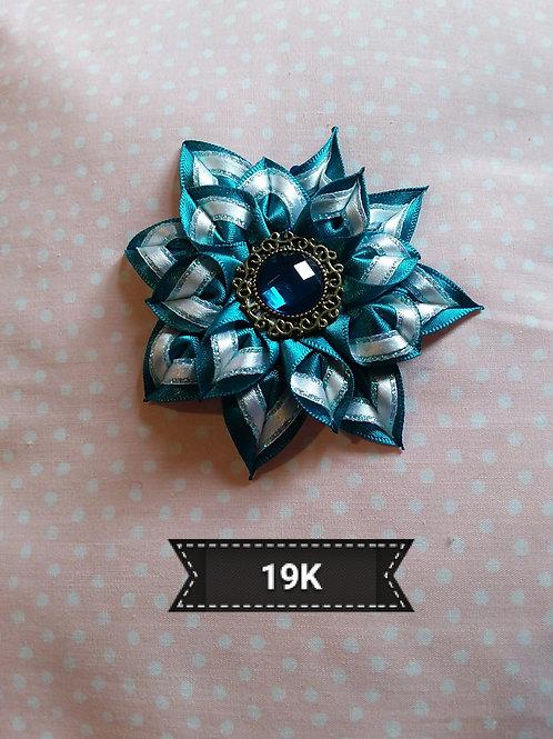 Kanzashi-Blue and White hair clip