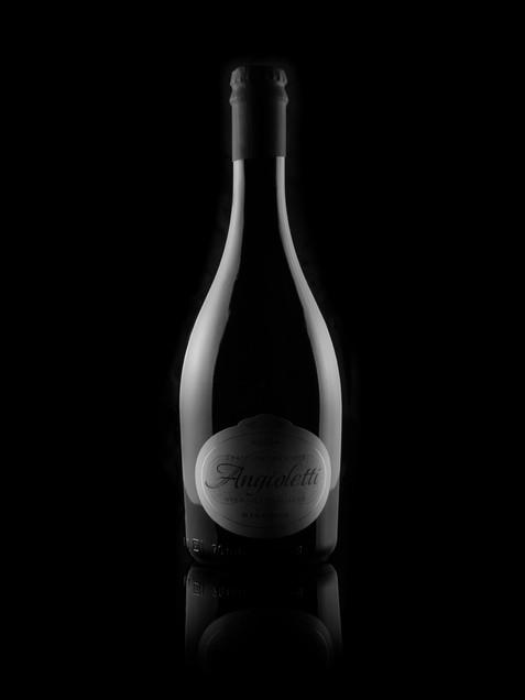 dark_bottle.jpg