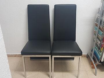 Juego de sillas tapizadas en skay simil