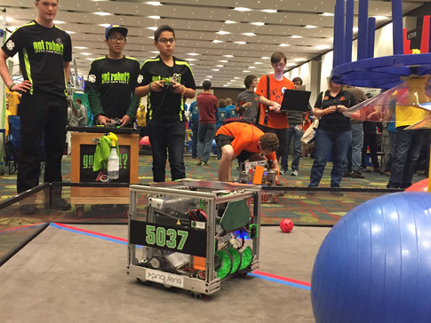 Drive Team 2 on the Practice Field