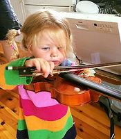 Hvad er det sejeste navn til en helt ny lokal violinskole i Svindinge på Østfyn_