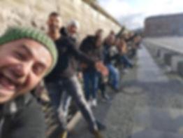 Tourists-on-the-Berlin-Wall.jpg